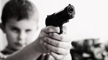 Twaalfjarige bekent overvallen met neppistool