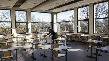 Een foto van een van de middelbare scholen die gaan heropenen