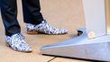 Een foto van de schoenen van minister Hugo de Jonge. Dat blijft hetzelfde: altijd opvallend