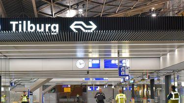 Station Tilburg jongetje Syrië NS-medewerkers