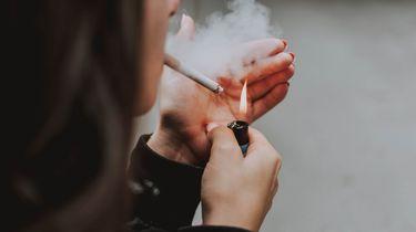 Artsen slaan alarm om rokende kinderen