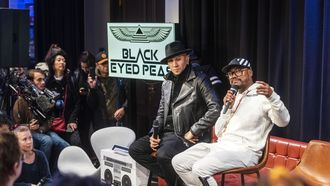Black Eyed Peas verrassen enthousiaste fans