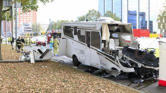 Tram botst op camper in Utrecht: dode en gewonden
