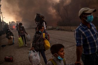 Vluchtelingen uit Moria na de branden