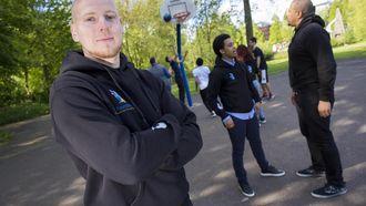Peter Ottens zet basketbal in om kwetsbare jongeren te helpen. //Foto: Vincent van Dordrecht