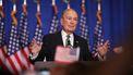 Michael Bloomberg steekt zeker 100 miljoen in de campagne van Biden.