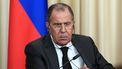Russsische minister Lavrov gaat viral vanwege foto met mondkapje