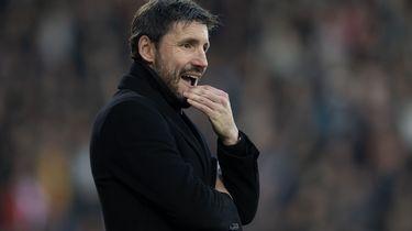 PSV ontslaat trainer Van Bommel.