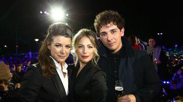 Een foto van Merel Westrik, Sarah Chronis en Nielson bij de finale van Wie Is De Mol? 2109.