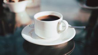 Neem nog een bakkie, koffie is goed voor de huid