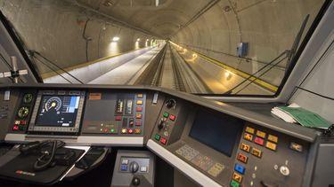 Dit is de langste en diepste tunnel ter wereld
