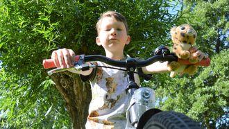 Een foto van Gio Cruz op zijn fiets