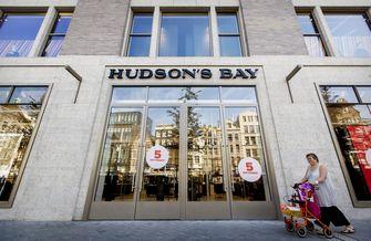 Winkelketen Hudson's Bay opent tien warenhuizen. Bron: ANP