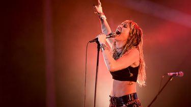 Miley Cyrus: 'Godsdiensten zijn dodelijker dan corona'