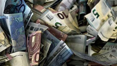 30.000 euro cash gevonden in doos voor kattenvoer