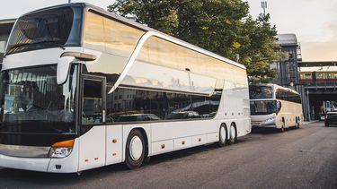 Touringcarbedrijven willen helpen in het openbaar vervoer