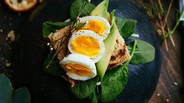Een foto van gekookte eieren