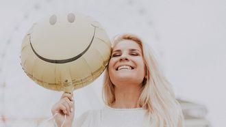 geluk - gelukkig - ballon - lach