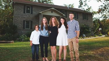 Moeder bouwt droomhuis met behulp van YouTubevideo's