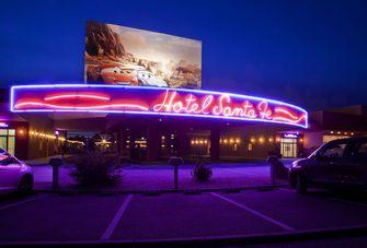 Op deze foto zie je Disney's Hotel Santa Fe