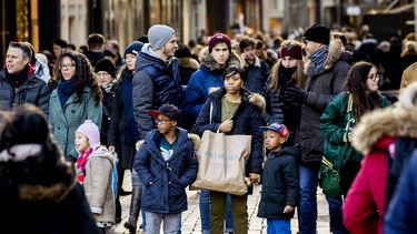 winkelend publiek