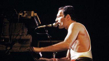 De zes mooiste momenten van Freddie Mercury