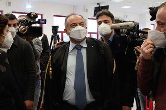 Een foto van aanklager Nicola Gratteri tegen de maffia.