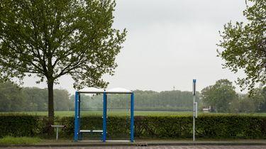 Vrouw bevalt bij Limburgse bushalte