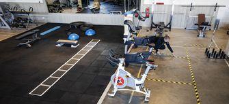 Een foto van een sportschool met 1,5 metermaatregelen