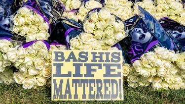 foto van bloemen voor Bas
