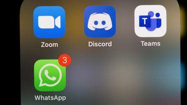 Op deze foto zie je socialmedia icons onder andere WhatsApp