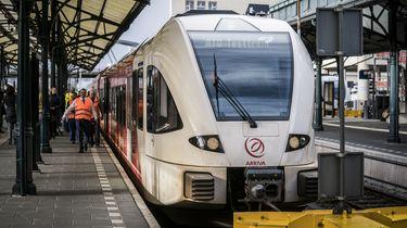 Zelfrijdende trein enthousiast ontvangen door reizigers