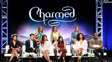 Op deze foto zie je Charmed.