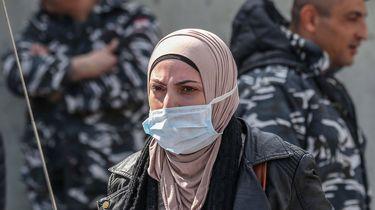 Iran laat tijdelijk 54.000 gevangenen vrij wegens coronavirus