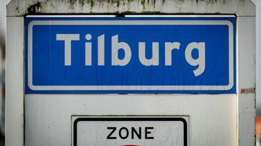 Vrouw in Tilburg gewond na neerstorten gevel op veertien hoog