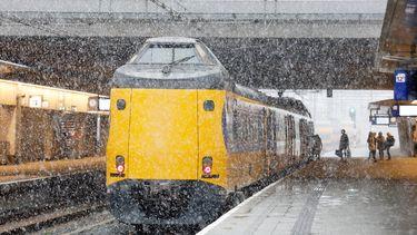 Geen treinverkeer vanwege bar winterweer.