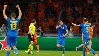 Goal Andriy Yarmolenko tegen Oranje op het EK. Nederlandse fan gaat viraal na deze goal.