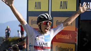Tadej Pogacar wint de vijftiende etappe