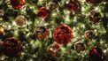 Een foto van een kerstboom.