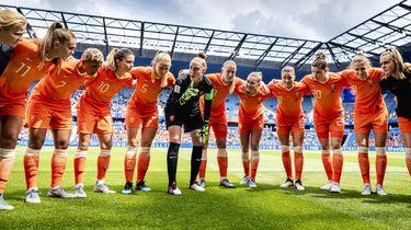 Honderdduizenden mensen zien voetbalvrouwen winnen
