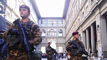 'IS stuurt meer strijders om aanslagen te plegen'