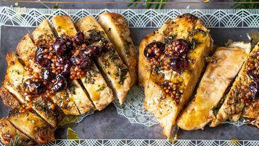 Kalkoen met bruine boter, cranberry en mosterdzaadjes