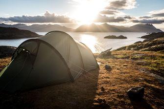 tentje in de wildernis in zweden, kamperen