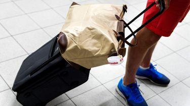 Echt waar: we nemen minder handbagage mee