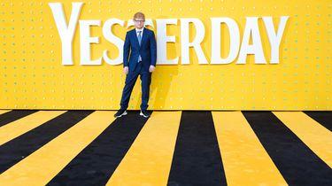 Ed Sheeran heeft wat anders aan zijn hoofd dan corona, de tuin