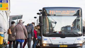 Reizigers op de Hoekse Lijn zijn ook na februari zo goed als zeker aangewezen op vervangend busvervoer. / VINCENT VAN DORDRECHT