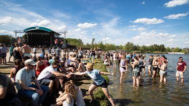 Festivals bereiden zich voor op hitte komend weekend