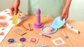 Een foto met spullen voor sexuele voorlichting