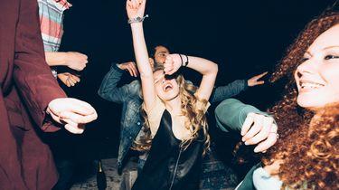 foto van dansende mensen