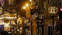 Een foto van een lege straat in Parijs tijdens de lockdown